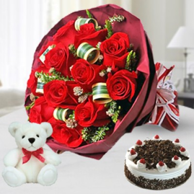 Teddy , Cake and Roses